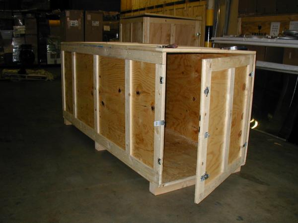 an ISPM 15 complied crate for the ocean freight shipment